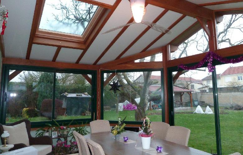 veranda-bois-interieur
